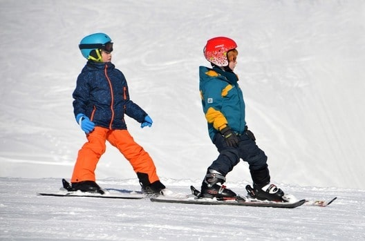 kids friendly skiing resorts in japan